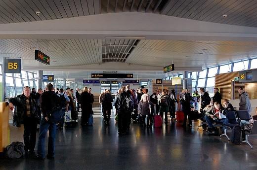 Аэропорт «Рига» изнутри на фото