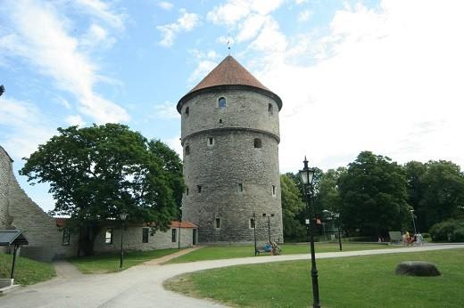 Башня Кик-ин-де-кёк представлена на фото