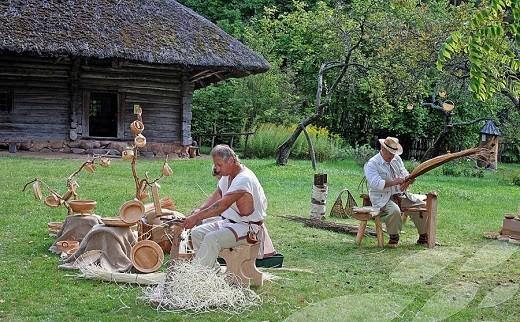 Латвийский этнографический музей на фото