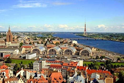 Латвию каждый год посещает большое количество россиян