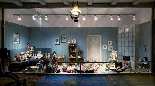 В музее представлены традиционные и сувенирные игрушки разных народов мира