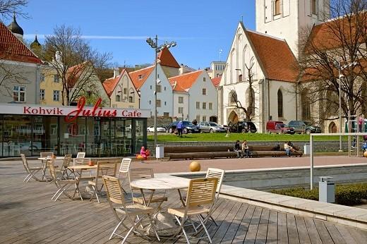 Весенний Таллин изображен ан снимке