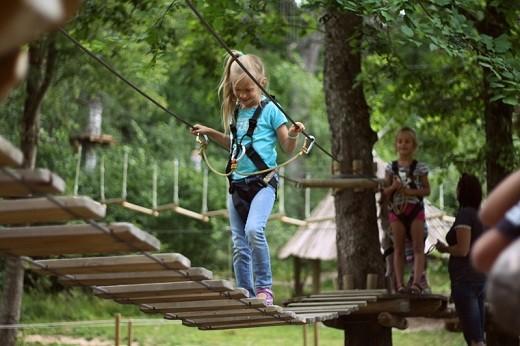 На снимке изображено одно из развлечений, предоставляемых парком