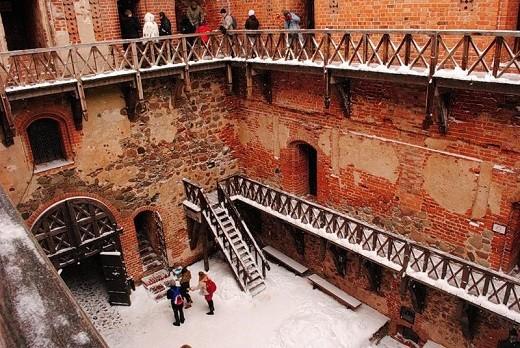 Фото внутри Тракайского замка