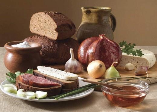 Главным блюдом на столе литовцев является черный ржаной хлеб