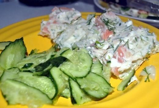 Практически все салаты в эстонской кухне содержат рыбу