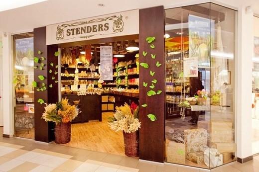 На фото витрина магазина Стендерс