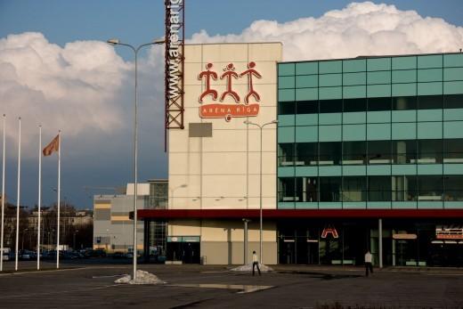 На снимке эмблема рижского комплекса Арена