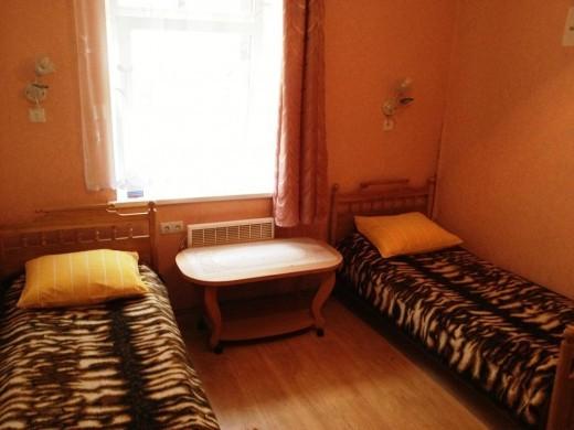 На картинке комната в Aviza Hostel