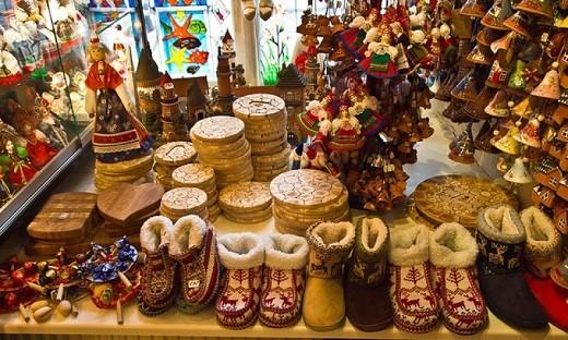 Сувениры эстонского производства на фотографии