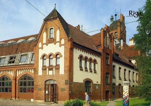 Латвийский музей архитектуры представлен на фото