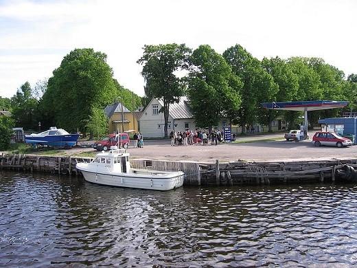 На фото представлен Эстонский остров Рухну