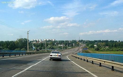 На фото федеральная трасса Москва-Рига