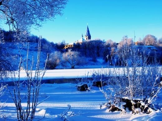 Зимний вид в Нарве на фото