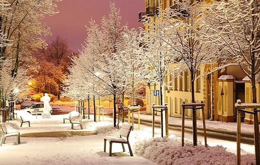 На фотографии представлен зимний Вильнюс